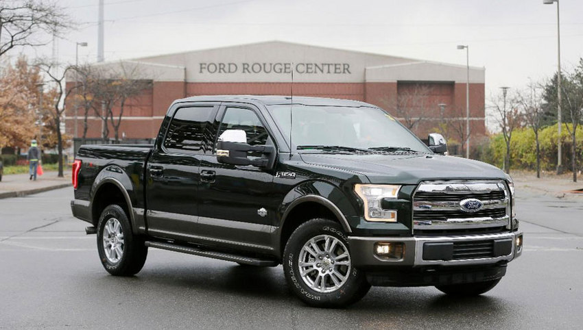FORD F-150 ... ...